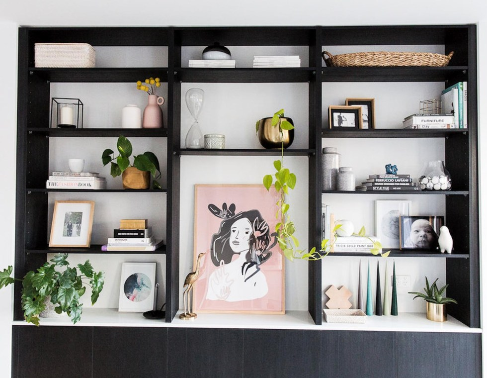 How to Style a Black Bookshelf - Focal Art
