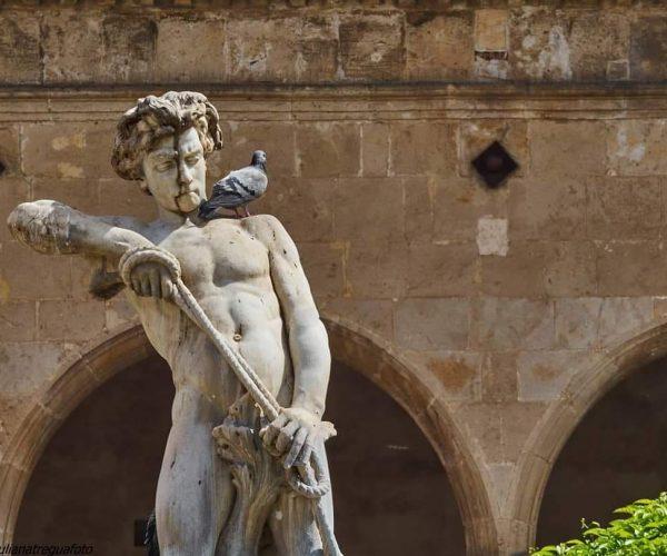 Giuliana Tregua-Statues