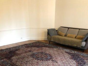 https www luckyfind fr annonces 086215 tres grand tapis persan 270 x 350 cm