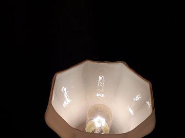 petite lampe de chevet art deco en regule patine or avec s
