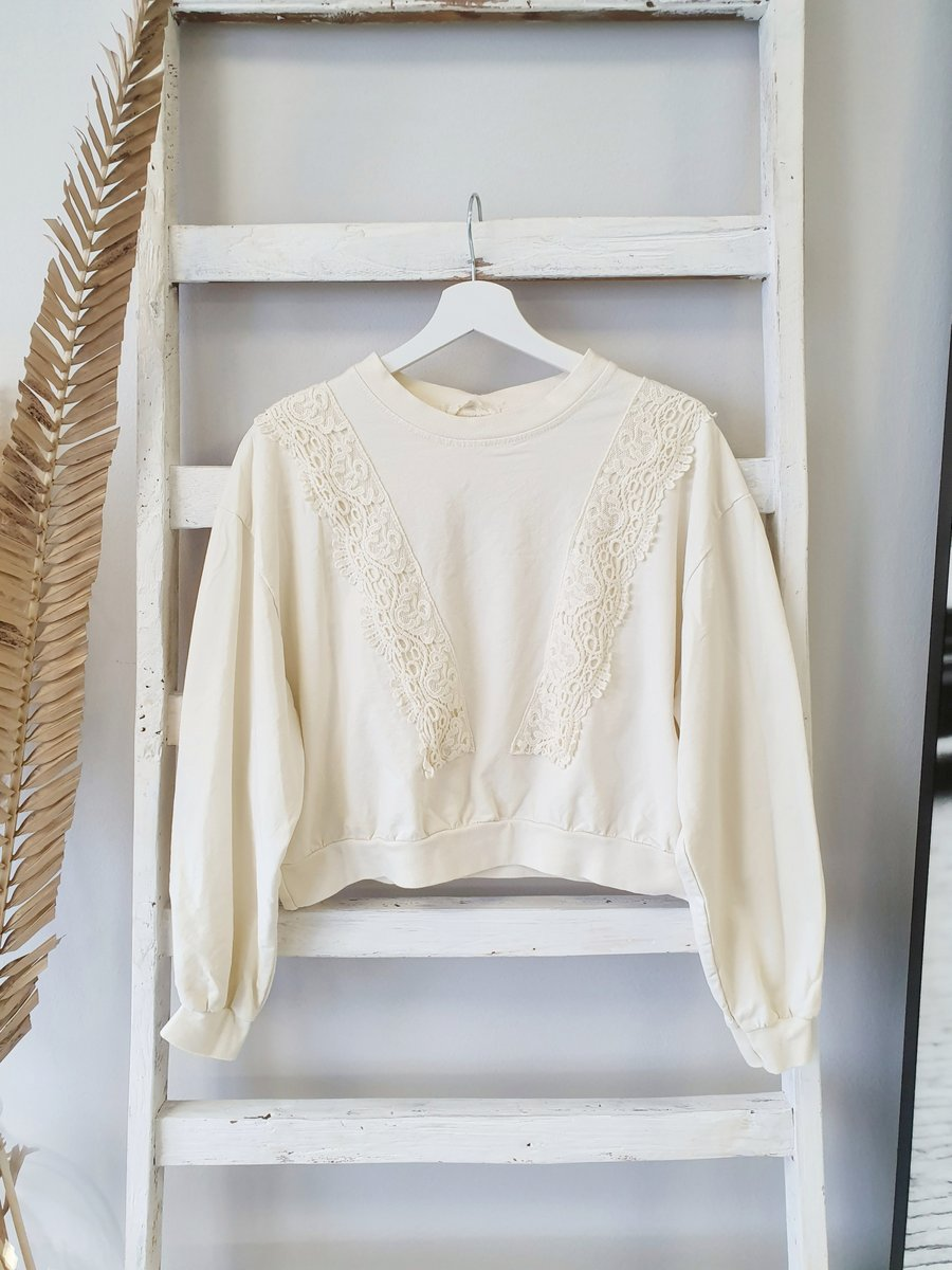 süßer Sweater HANDSOME – creme
