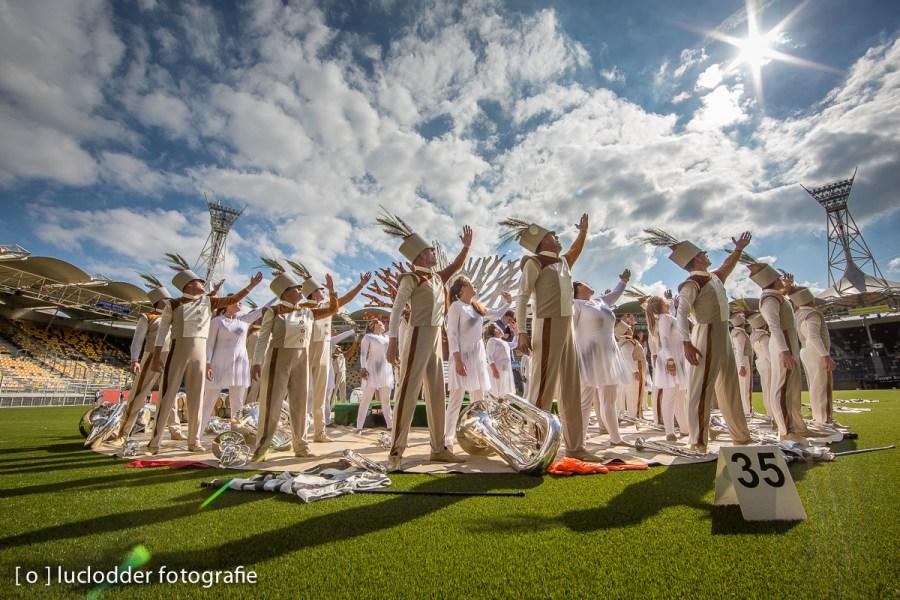Tijdens het EK Showkorpsen werd de zon aanbeden.