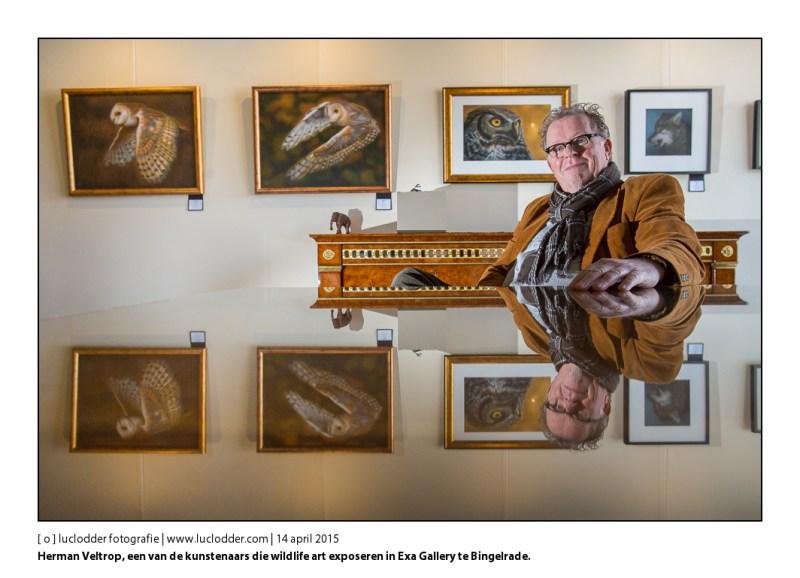 Herman Veltrop, een van de drie kunstenaars die wildlife art (natuurkunst) exposeren in Exa Gallery in Bingelrade.