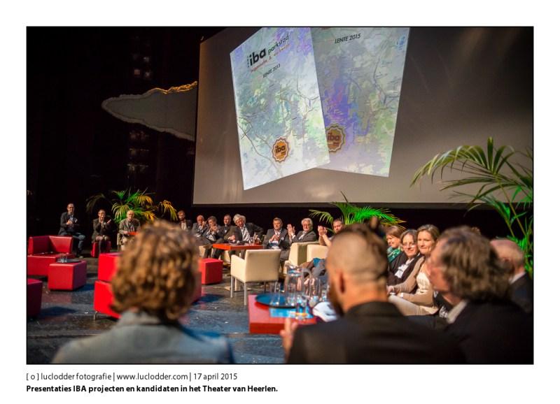 Presentaties IBA projecten en kandidaten in het Theater van Heerlen. Jo Coenen presenteert alle kandidaten.