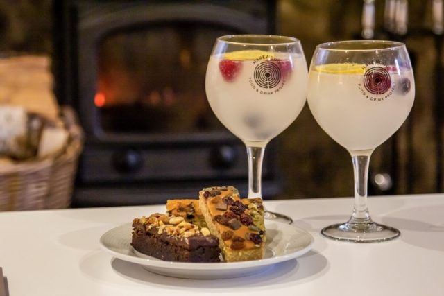 gin and tonics with tarte and berry brownies