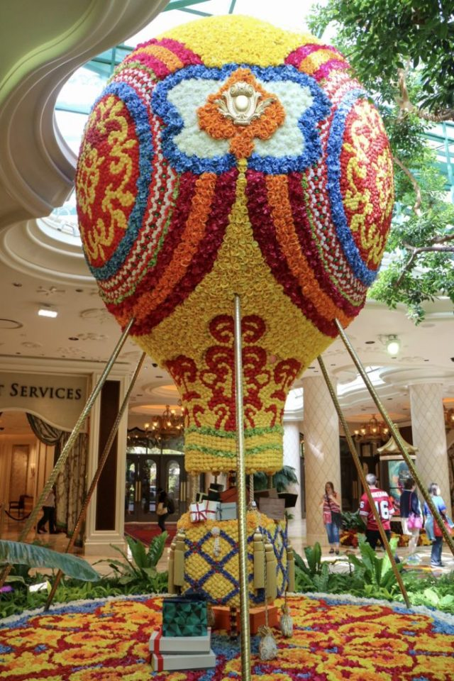 floral hot air balloon display at the wynn las vegas