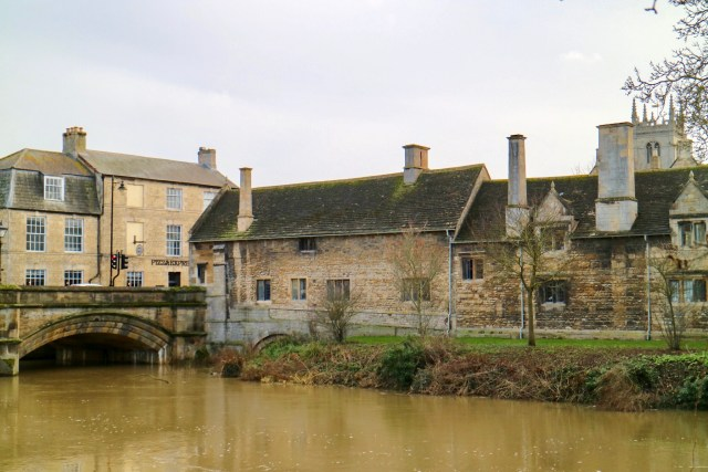 houses in stamford