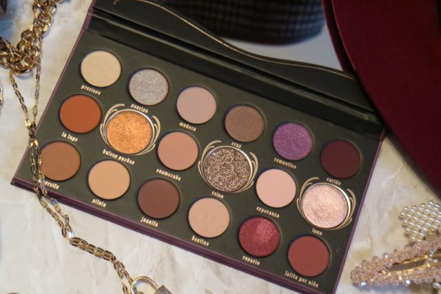 kat von d lolita por vida palette close up