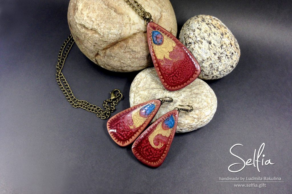 Bright blanks for jewelry made from polymer clay covered with Pebeo Prisme Fantasy paints (5 video) 7