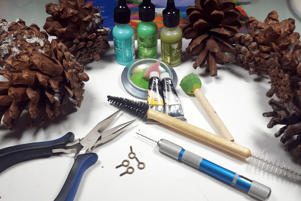Creating New Year Tree Toys from natural pine cones 1
