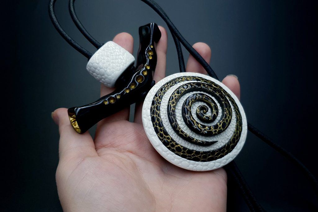 How to make: Focal Bead 4 styles - Textured Yin-Yang Swirl for Unusual Pendant 13