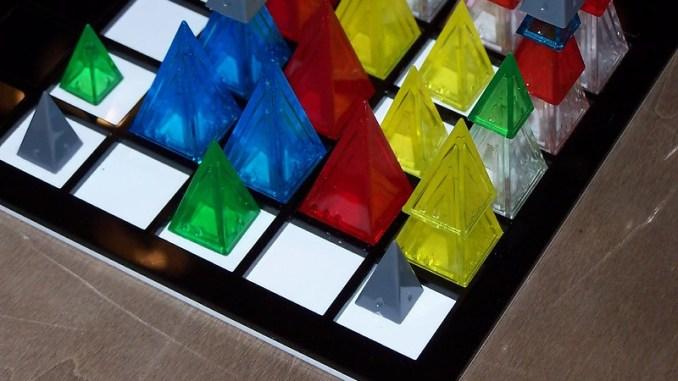 Looney Pyramids