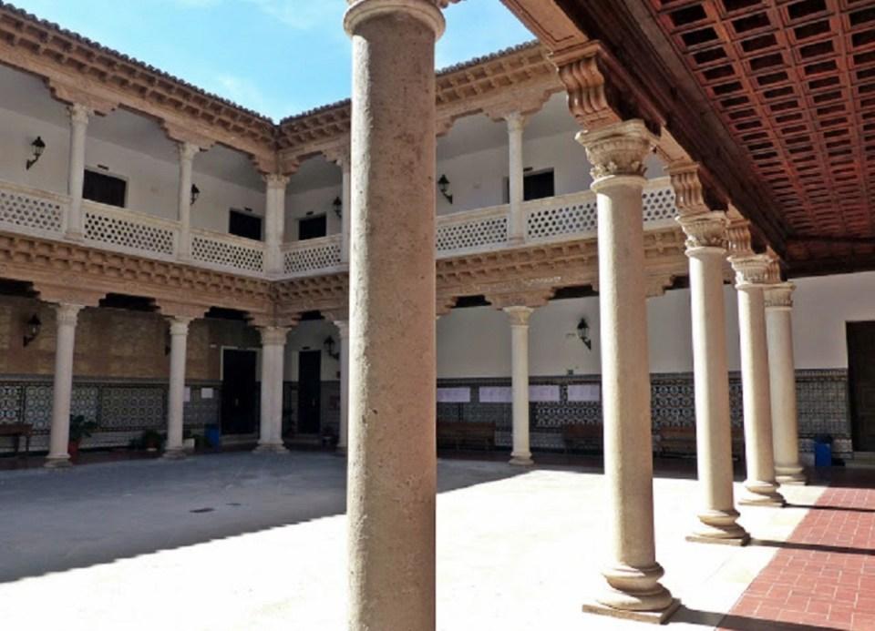 Palacio de Mendoza, Guadalajara