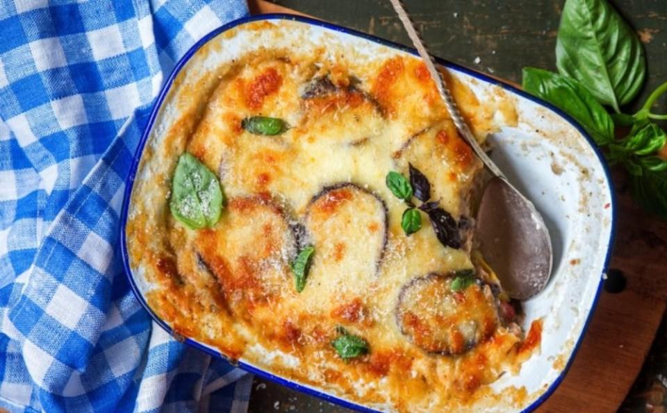 Musaka, el más famoso entre los platos típicos de Grecia