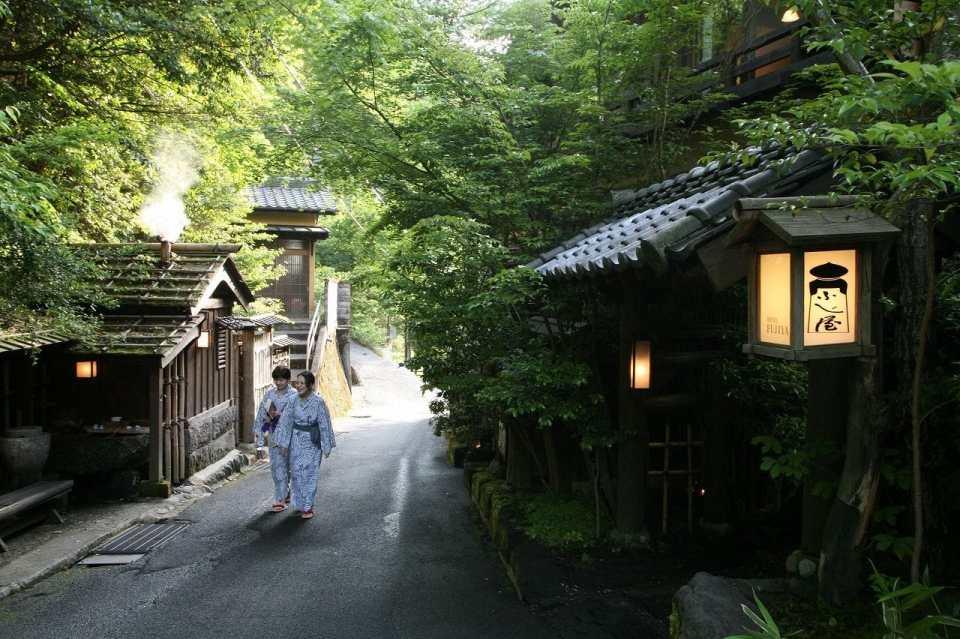 balnearios japoneses