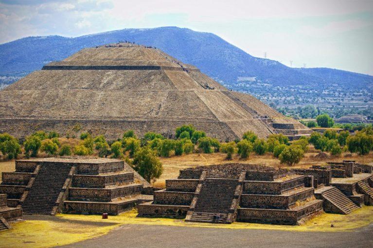 historia de las ruinas arqueológicas de Teotihuacan