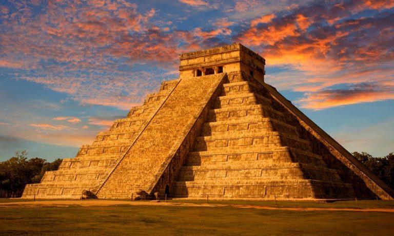 El Castillo, atracción principal de Chichén Itzá