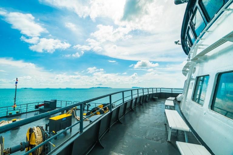 ferry hacia las a Baleares