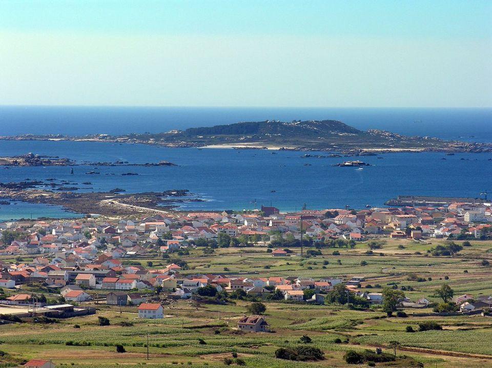 La Isla de Sálvora, en A Coruña, es uno de los mejores lugares de España para comer percebes