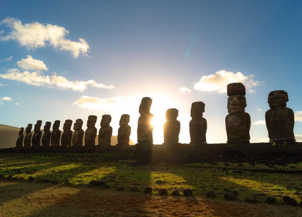 La isla de Pascua es uno de los lugares a los que solo podrás viajar en avión privado