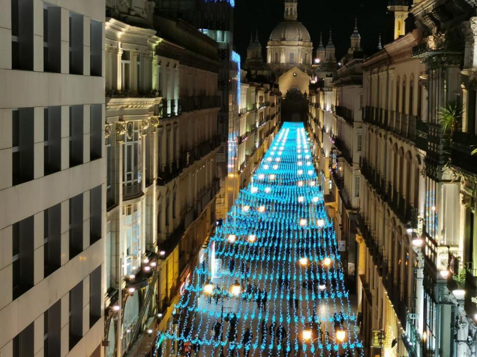 alumbrado navideño zaragoza, entre las mejores luces navideñas de España