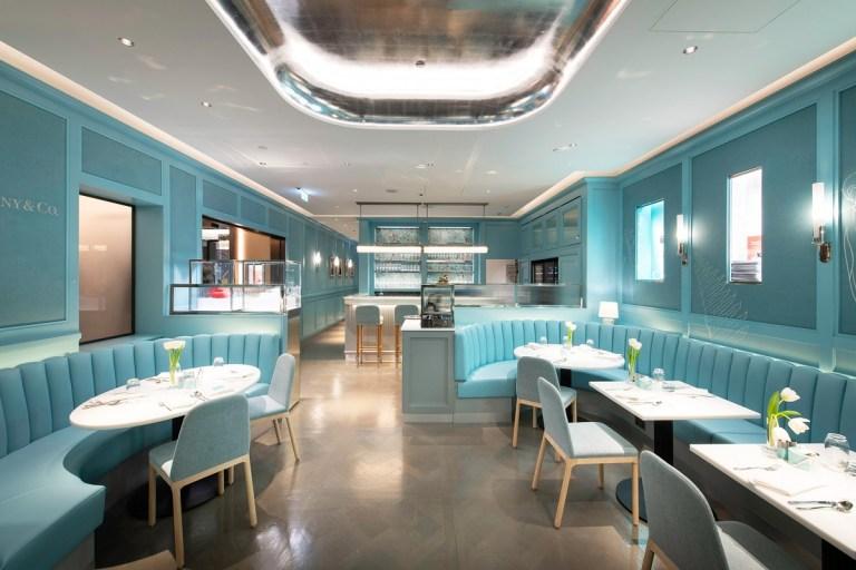 """Se espera que en este 2021 ocurra la reapertura de """"The Blue Box Cafe"""", en Nueva York"""