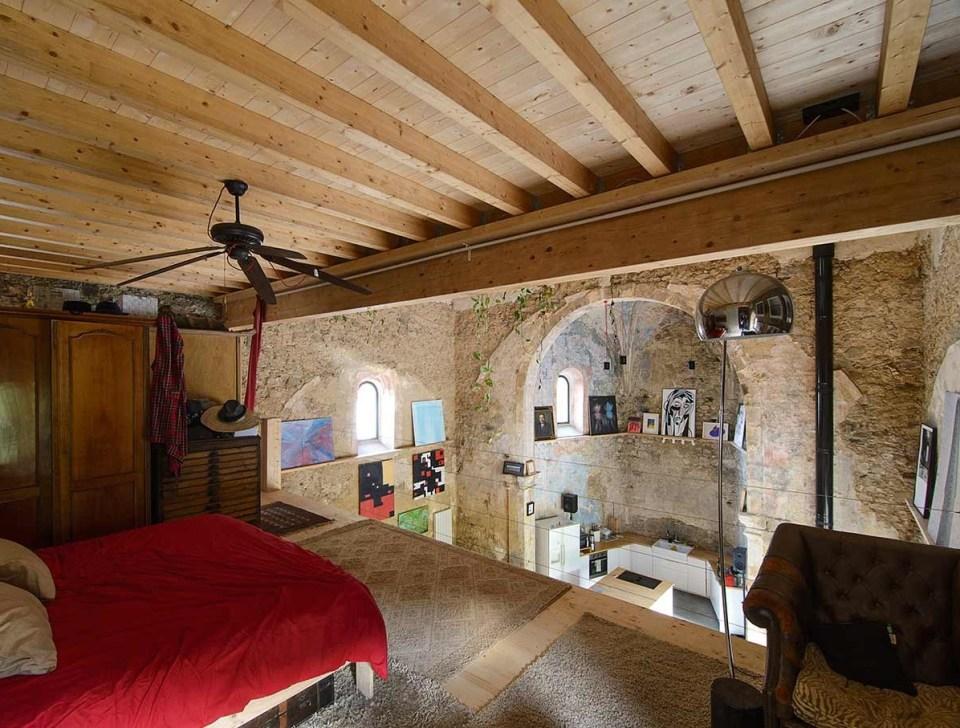dormitorio iglesia de Tas