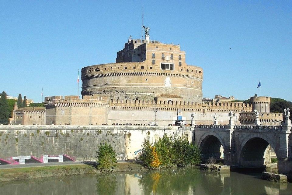 Este castillo une al Vaticano con Roma a través de un pasadizo: Passetto