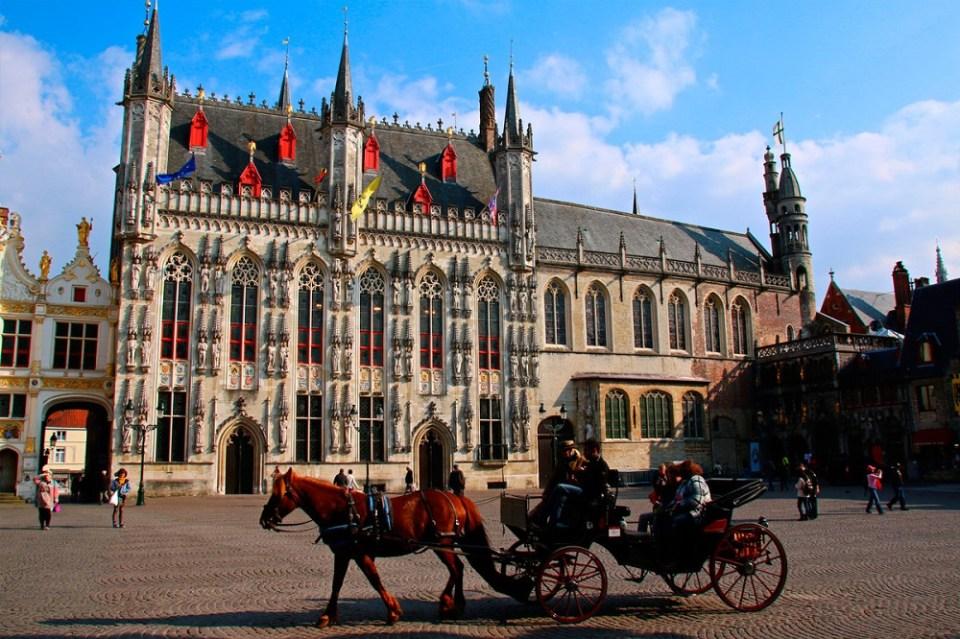 Plaza Burg qué ver en Brujas