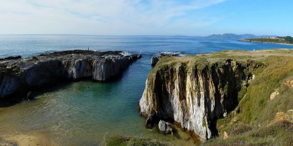 As Furnas es una de las mejores playas de Galicia de mar abierto