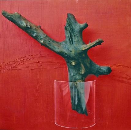 arch.n. 551 Rinascita 46 Legno scolpito e dipinto, tavola affrescata, plexiglass, cm 60x60 - anno 2003