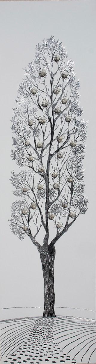 Arch. n. 1.687 La foresta nel mare, incisione su dibond + vestiti usati compattati con filo ferro zincato e resina, cm 147x38, 2019