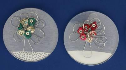 i BUONI-FRUTTI- archivio n. 1945-D-E- cm 10 - 2021. plexiglass+ stoffa resinata e filo acciaio