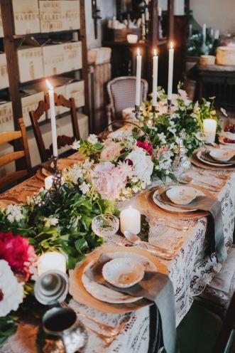 decorazione tavolo legno massello