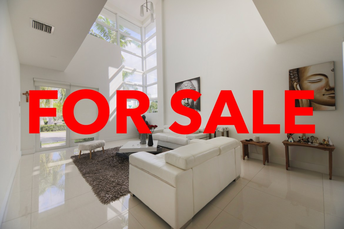 AMAZING 5 BEDROOMS 4 BATH HOME IN DORAL FLORIDA (FOR SALE)
