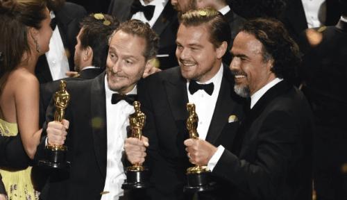 Lubezki, DiCaprio y González Iñárritu con sus premios.