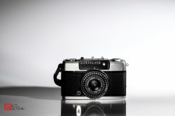 Photographs of an Olympus Pen EES-2, lens D. Zuiko 1:2.8 f=30mm, made in Japan. It belonged to my late father.