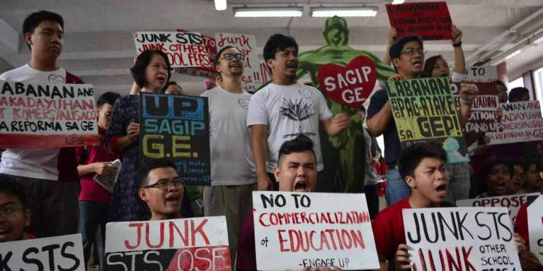 UP DIliman rally vs. GE curriculum change