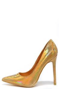 Boogie Oogie Gold Hologram Pointed Pumps
