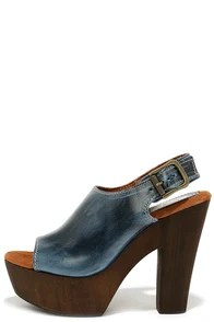 Sbicca Redmond Navy Blue Leather Platform Heels
