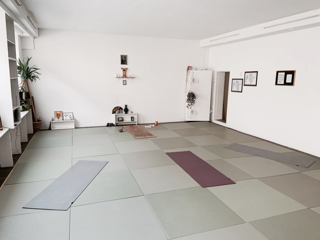 dojo_yoga_bienne_lumai