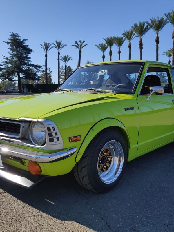 THE GREEN MANGO SHAKE – A 1974 Toyota Corolla