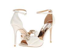 pantofi albi de mireasa cu funda si cristale Badgley Mischka Tess