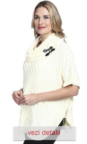 model pulover cu guler rulat alb capa