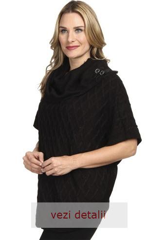 pulover pe gat negru cu maneci scurte