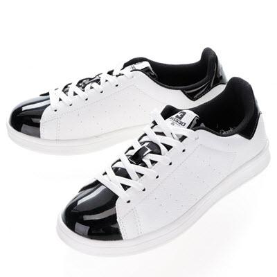 pantofi sport albi cu detalii negru lacuit by Bassed