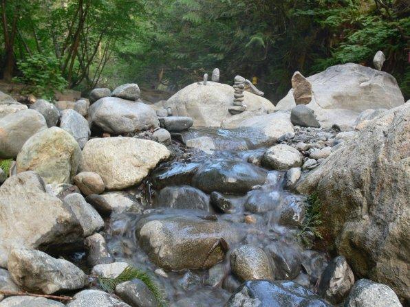 Inuk shuk hot springs