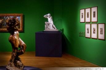 Victor Hugo, assis, nu et l'allégorie de la méditation en 1er plan - Auguste Rodin