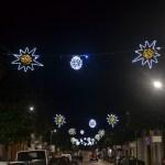 (Foto 16 -44a) Corso con sfere e stelle bianco + b. caldo 6.00 x 1.20 (visiona video)