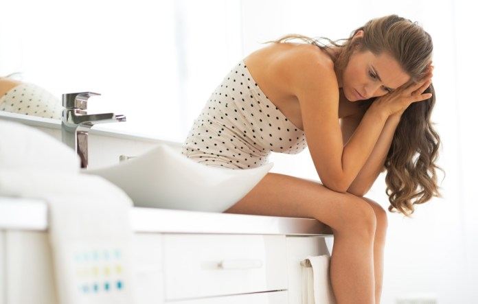 woman with UTI